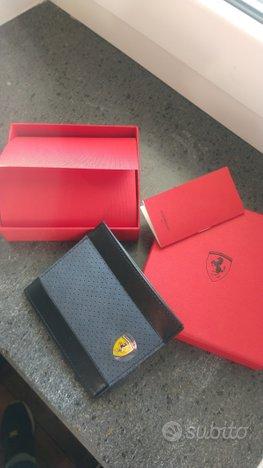 Porta carte di credito Ferrari