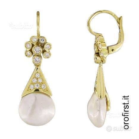 Orecchini oro giallo perle e diamanti 0,40ct