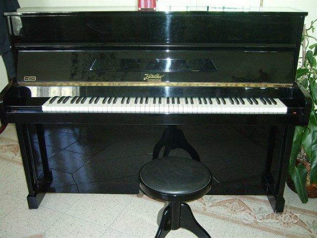 Pianoforte verticale schiller+sgabello+metronomo