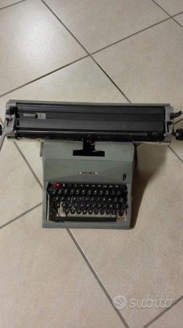 Macchina da scrivere meccanica olivetti