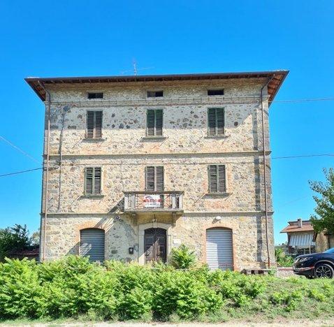 Casa indipendente mq 350, Montecastelli - UV/438