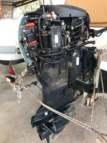 Ricambi motori fuoribordo usati