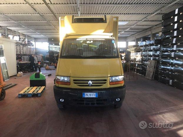 Renault master isotermico con sponda idraulica a s