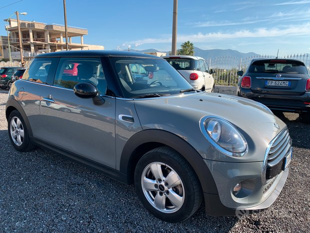 Mini Cooper D 1.5 116 cv Business Bi-color 2018