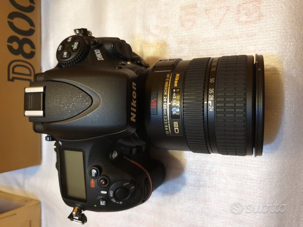 Macchina fotografica Nikon d800 con 1500 scatti