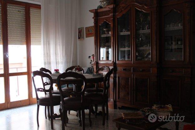 Luminoso appartamento in posizione comodissima