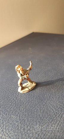 Miniature in piombo di locandieri