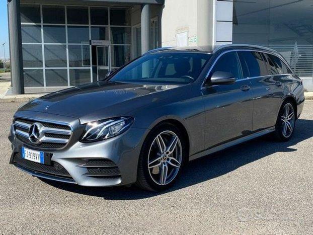 Mercedes-Benz Classe E E 220d S.W. Auto Premi...