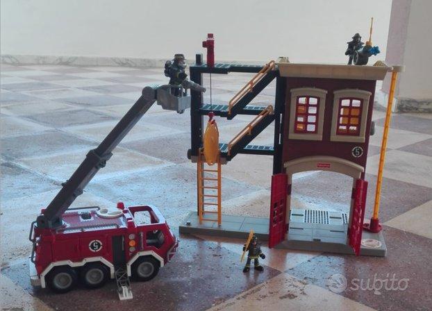 Caserma pompieri fisher price giocattolo