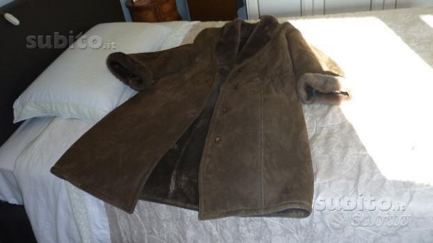 Cappotto in montone marron scuro