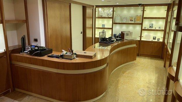 Mobili arredo negozio gioielleria gioielli orologi - Altri ...