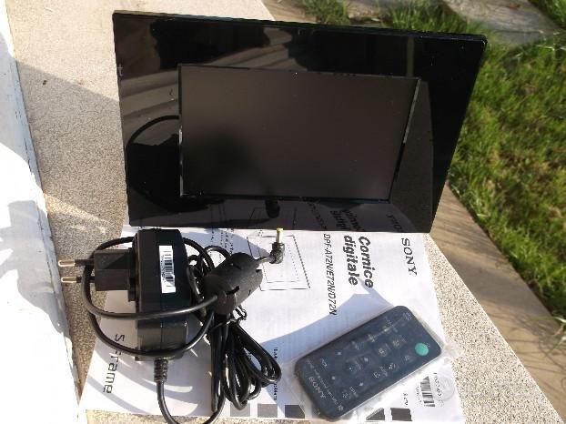 CORNICE DIGITALE Sony DPF-D72N nera