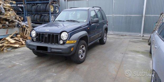 Jeep cherokee Terza Serie KJ (2001-2008) ricambi