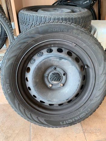 Pneumatici invernali 205/60 R16 96H + cerchi Ferro
