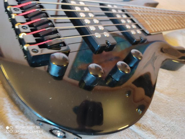 Bassi e chitarre elettriche