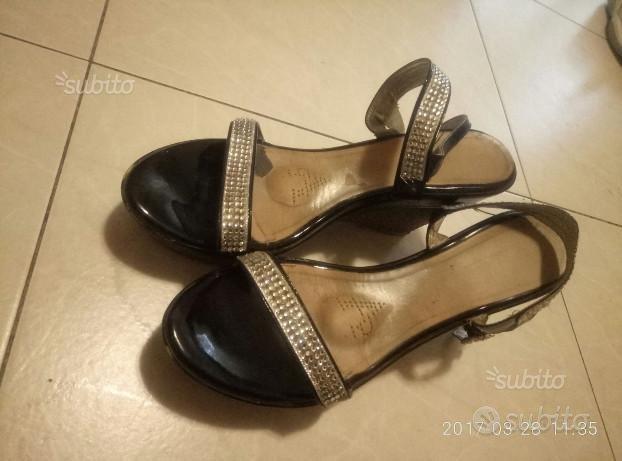 Scarpe sandali donna con preziosi strass