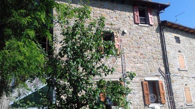 Casa indipendente a San Benedetto Val di Sambro, 9