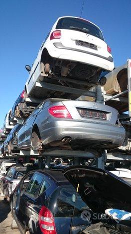 Mercedes c220 ricambi
