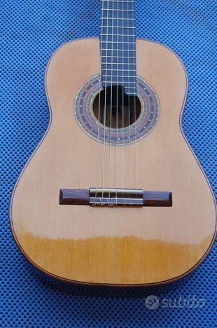 Chitarra classica 7 corde di liuteria