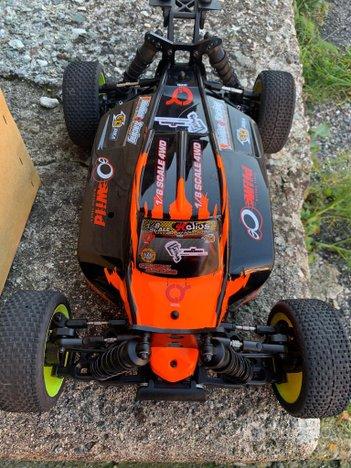 Modellino Helios Buggy Flux 1:8 4WD COME NUOVA