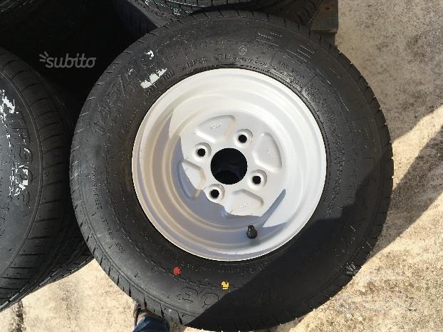 Gomme complete di cerchio 145 R10