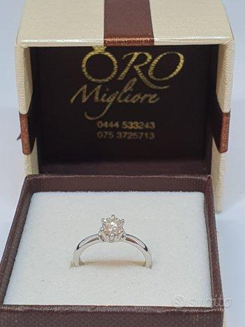 Anello Solitario con Diamante 0,44Ct in Oro 18Kt