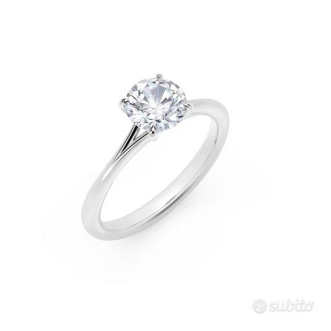 Anello Oro Bianco : Diamante Natuirale 1 KT Cert