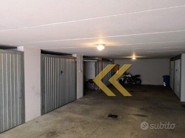Garage a Dosson [box auto o deposito merci]
