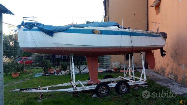 Barca a vela cabinata 6 mt con carrello e motore