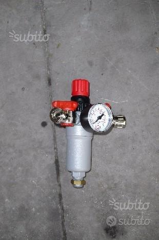 Riduttore di pressione con filtro e manometro