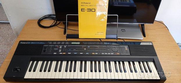 Tastiera 61 tasti Roland E 30 usato pochissimo
