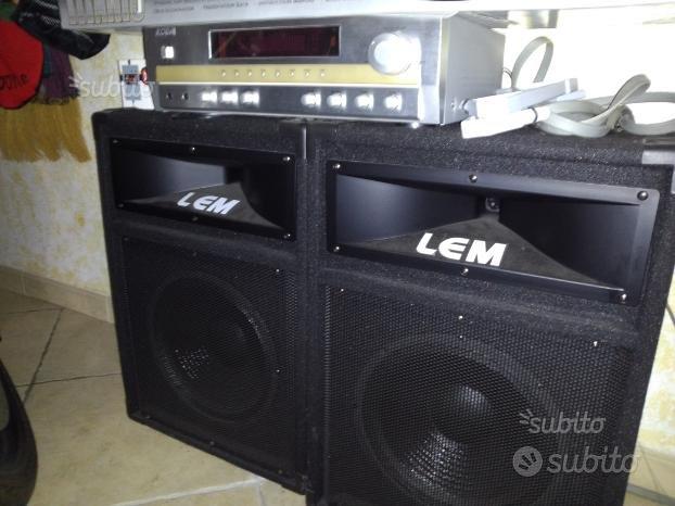 Kit karaoke Amplificatore con Eco +2 casse 200Watt