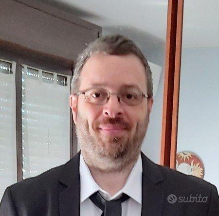 Programmatore, sviluppatore e docente freelance