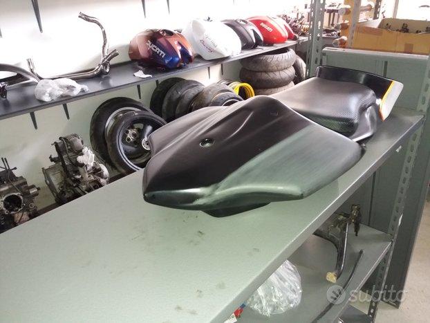 Ricambi Ducati Monster e SS faro quadro e ST2