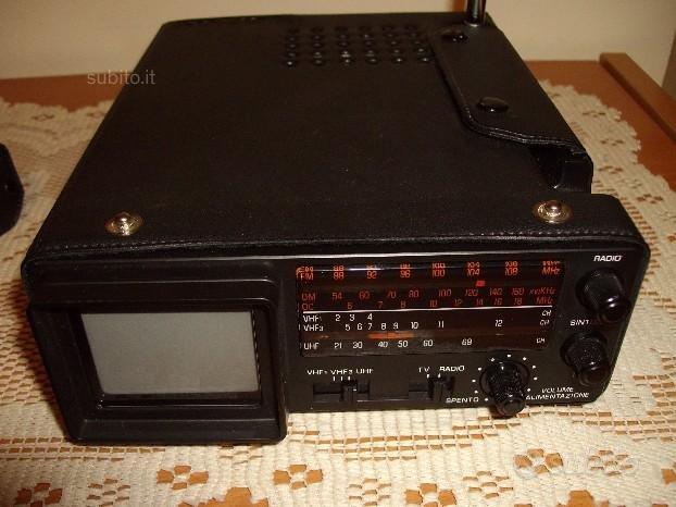 Micro radio-tv bianco e nero