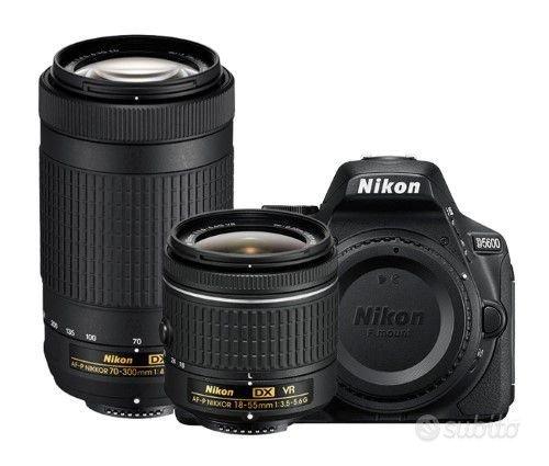 NUOVA Nikon d5600+18/55vr +70/300vr Pron.Consegna