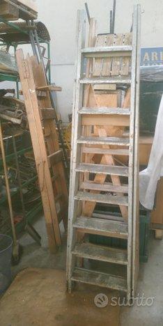 Scale in legno vintage