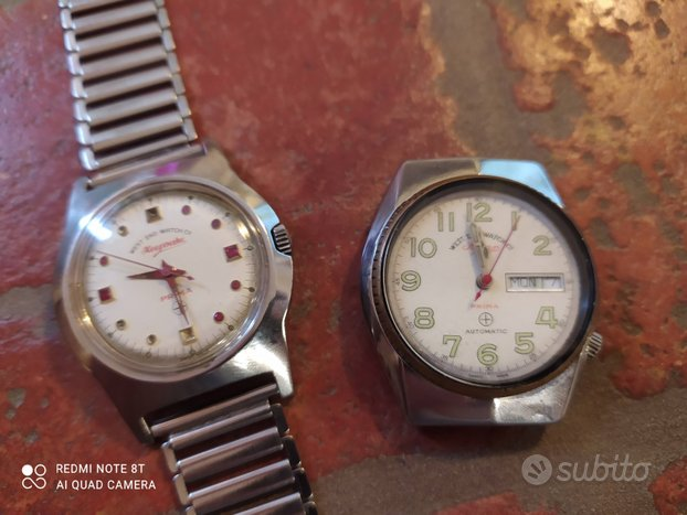 Coppia di orologi vintage West End Watch