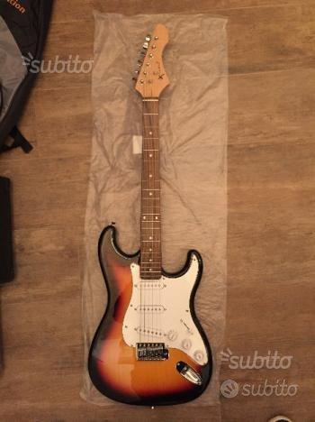 Chitarra elettrica tipo stratocaster nuova