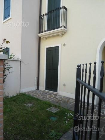 Caselle di Selvazzano D. (PD) villetta schiera