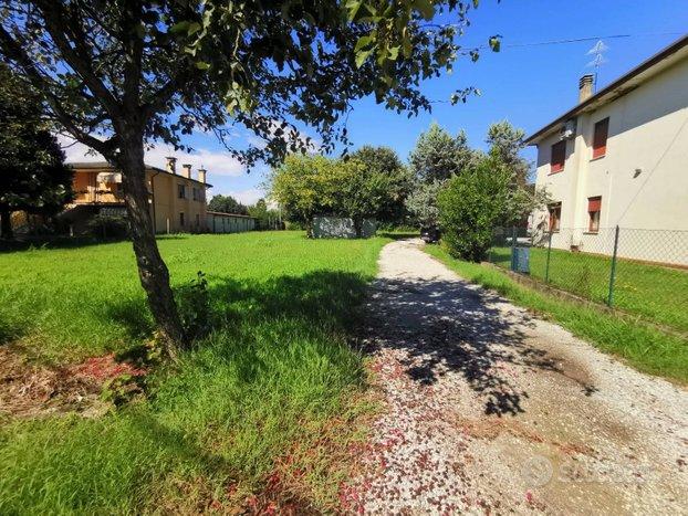 Bifamiliare/Trifamiliare - Campo San Martino