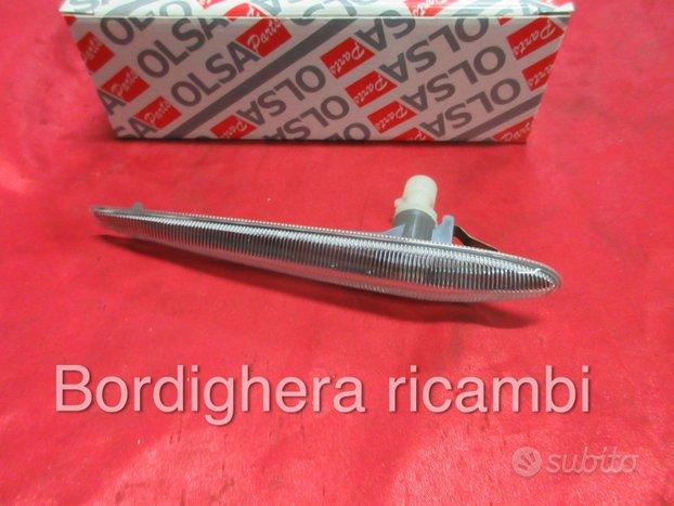 Alfa romeo 159 brera 8c frecce laterali dx e sx
