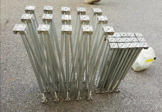 Pedane alluminio per musicisti