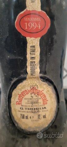 Bottiglia vino Barbera da collezione