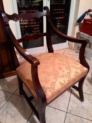 Poltroncina sedia antica