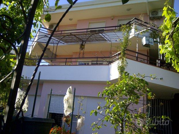 Villa singola in residence