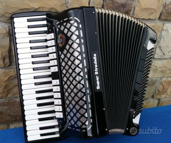 Fisarmonica superstradella 120 bassi