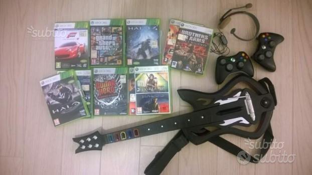 Xbox 360 elite + gtav + altri giochi ed accessori