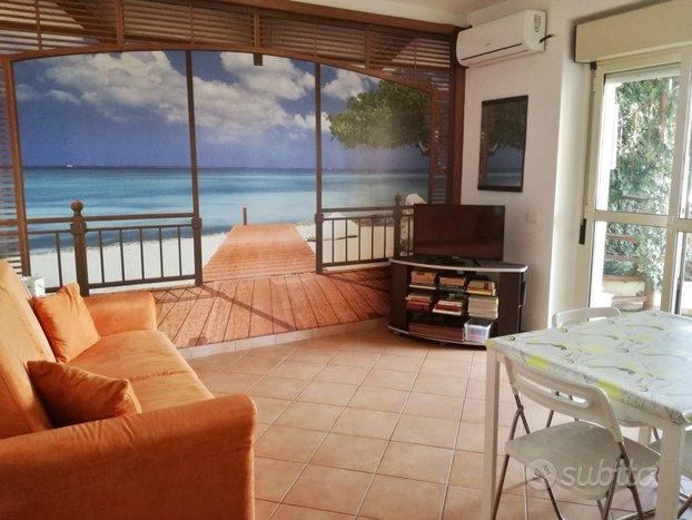 Confortevole appartamento con terrazza - Case vacanza In ...