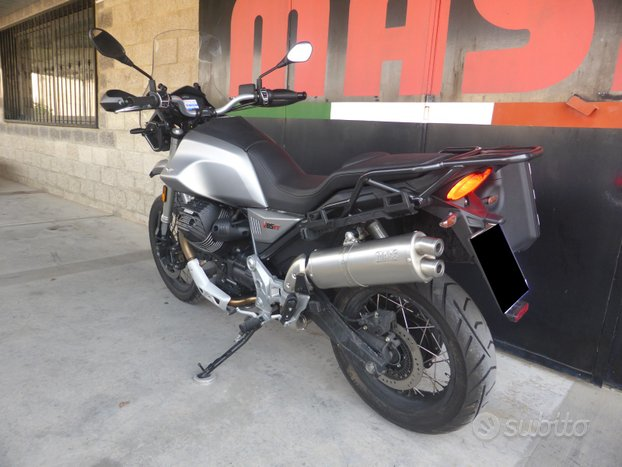 """Scarico MASS """"Oval double ex"""" per Moto Guzzi V85TT"""